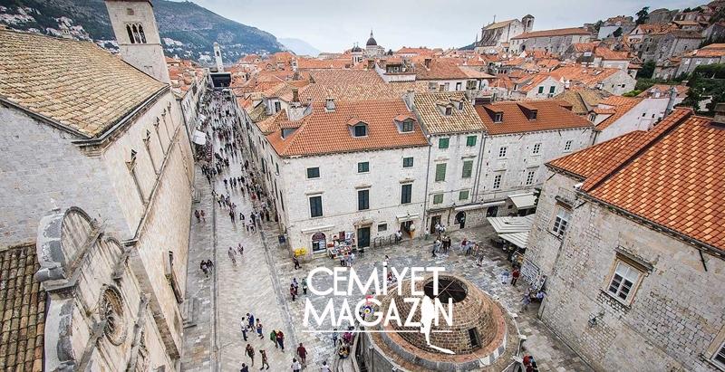 Adriyatik sahilinde bulunan tarihi kent